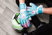 Uhlsport و معرفی دستکش Eliminator Tight HN