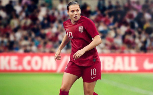 نایک از پیراهن تیم ملی زنان انگلستان در جام جهانی فوتبال رونمایی کرد
