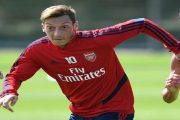 Mesut Ozil و کفش جدید آدیداس