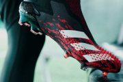 بررسی کفش فوتبال Predator 20+ Mutator آدیداس