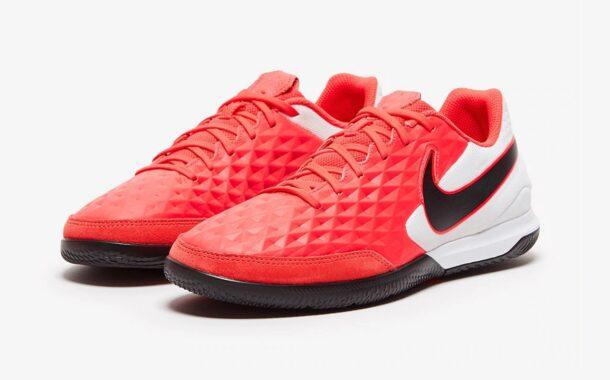 بررسی کفش فوتسال نایک تمپو Nike Tiempo LegendX 8 Academy IC